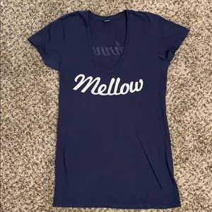 Tops - Mellow Johnny's deep v neck tee M